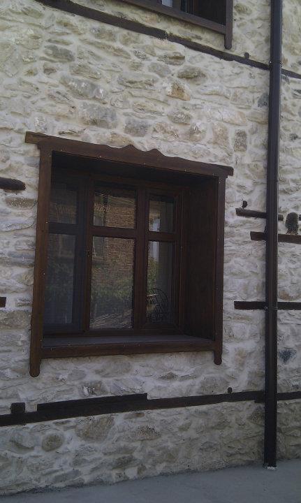 Облицовка с камък - външни стени на селска къща 2