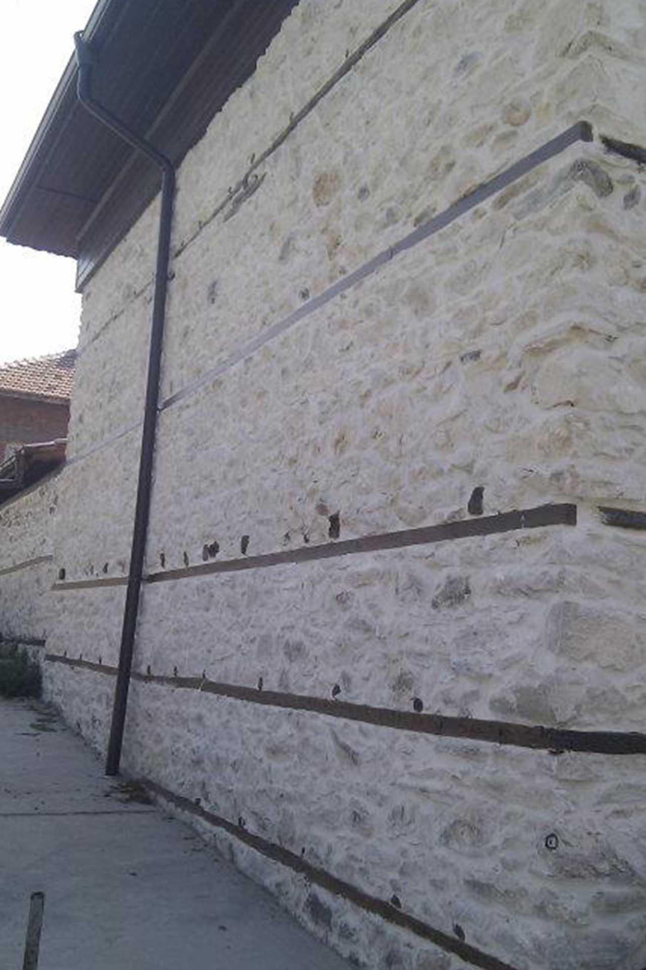 Облицовка на фасада с естествен камък 2