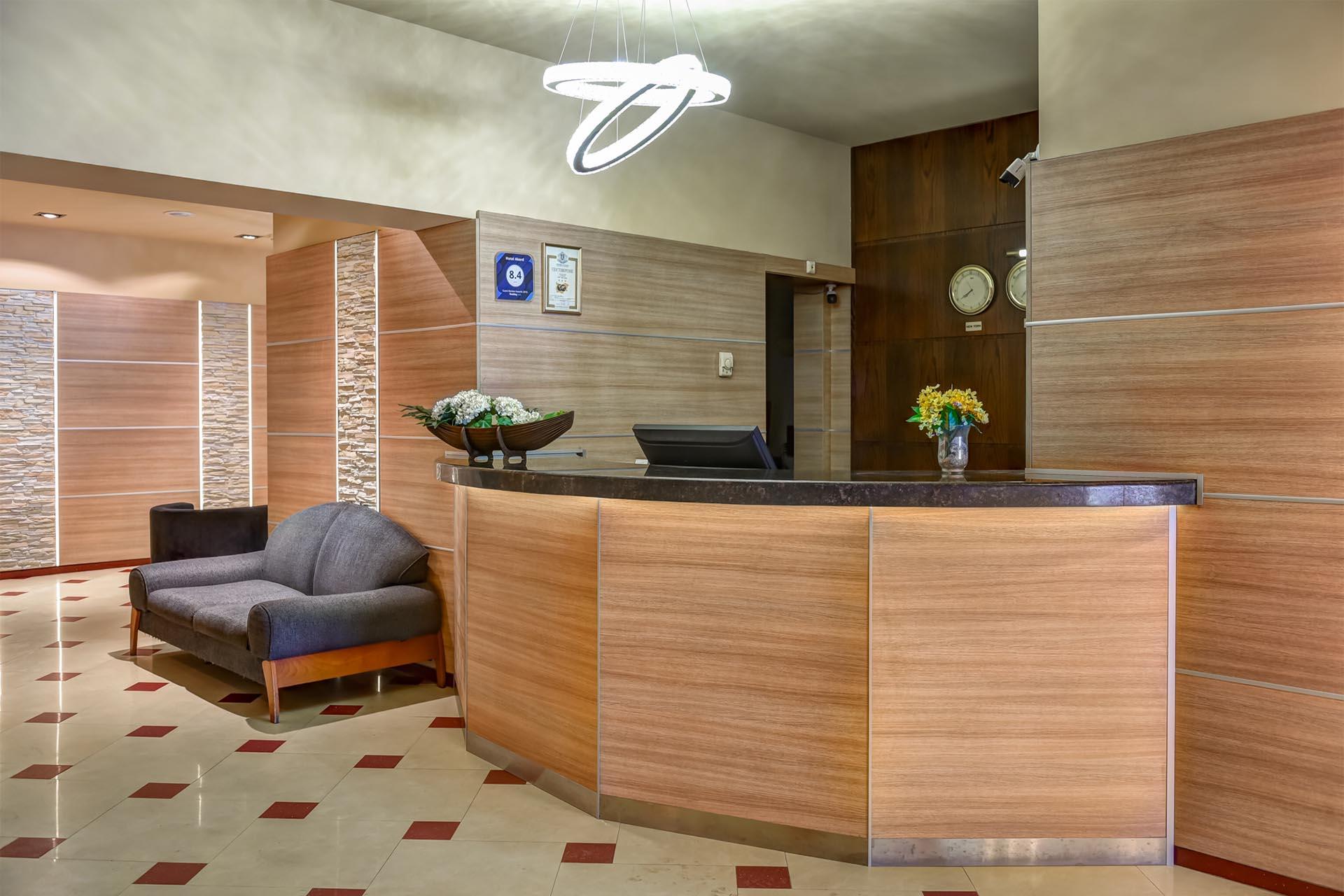 Изработка на плот - хотел Акорд